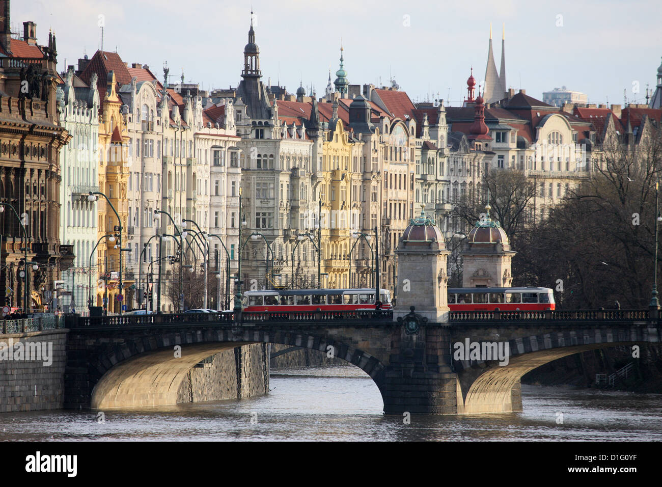 Across the River Vltava and the colourful baroque houses, Prague, Czech Republic, Europe - Stock Image