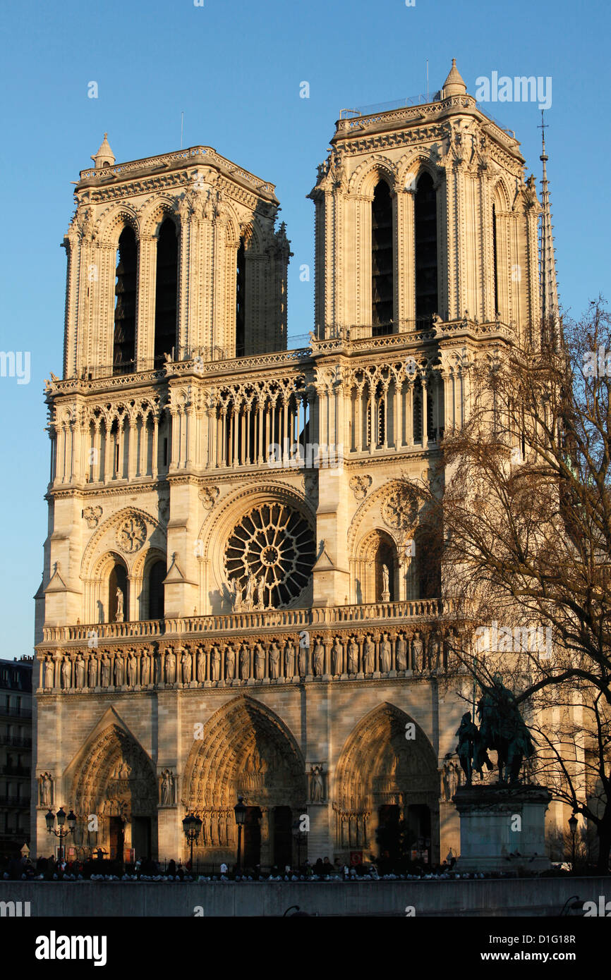 Notre-Dame de Paris cathedral, Paris, France, Europe Stock Photo