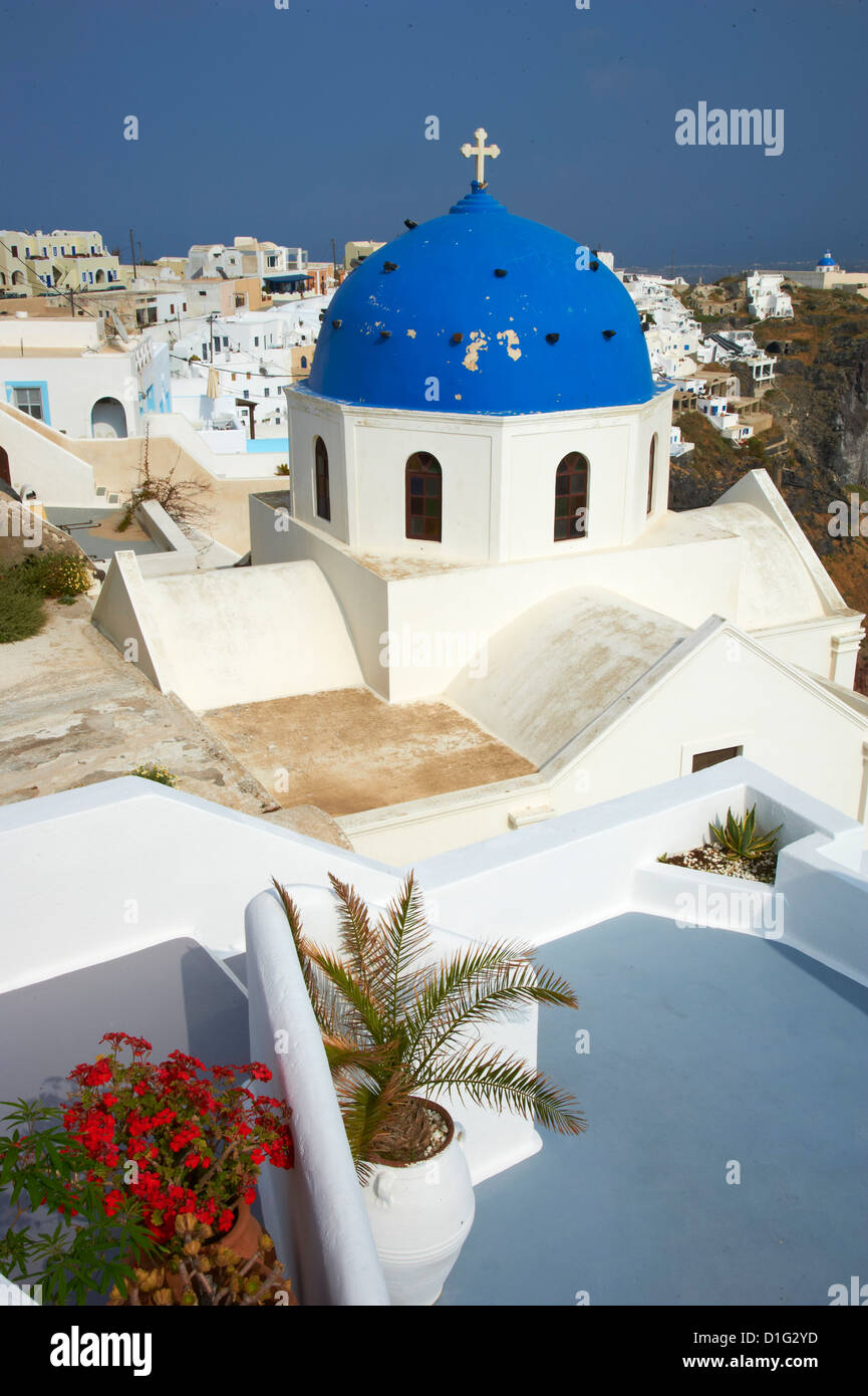 Church with blue dome, Fira, Thira, Santorini, Cyclades, Greek Islands, Greece, Europe - Stock Image