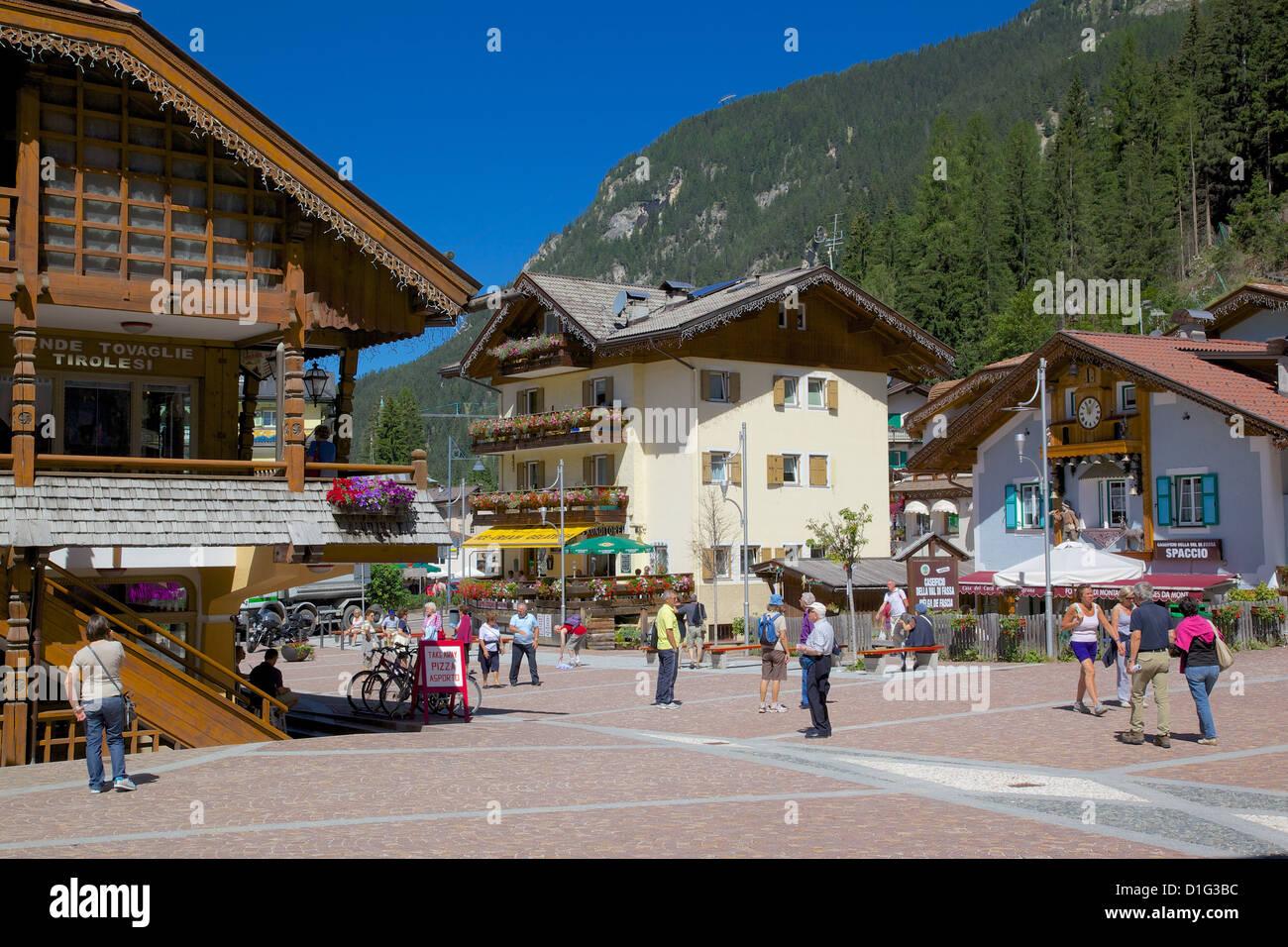 Town Square, Canazei, Val di Fassa, Trentino-Alto Adige, Italy, Europe - Stock Image