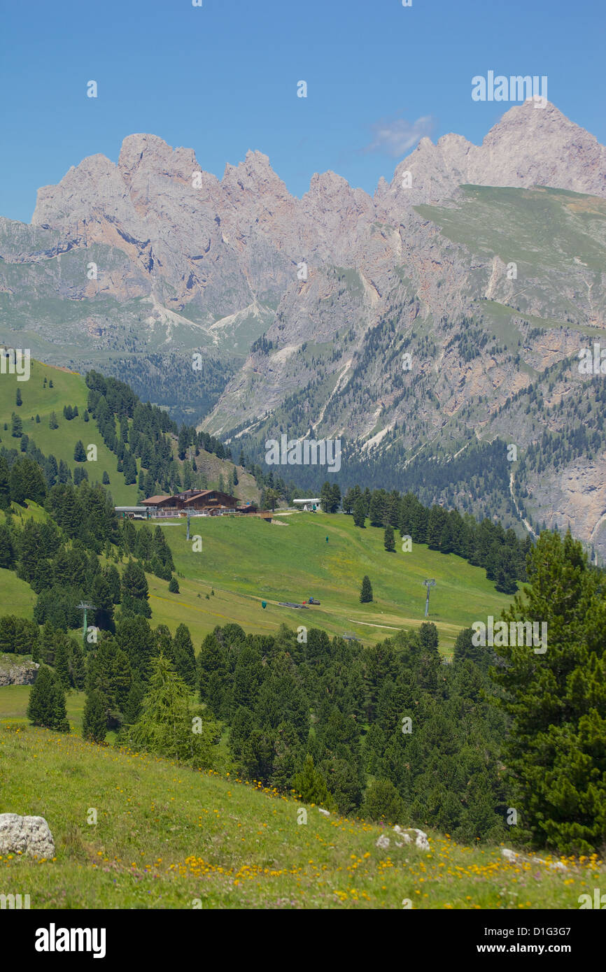Sella Pass, Trento and Bolzano Provinces, Italian Dolomites, Italy, Europe - Stock Image