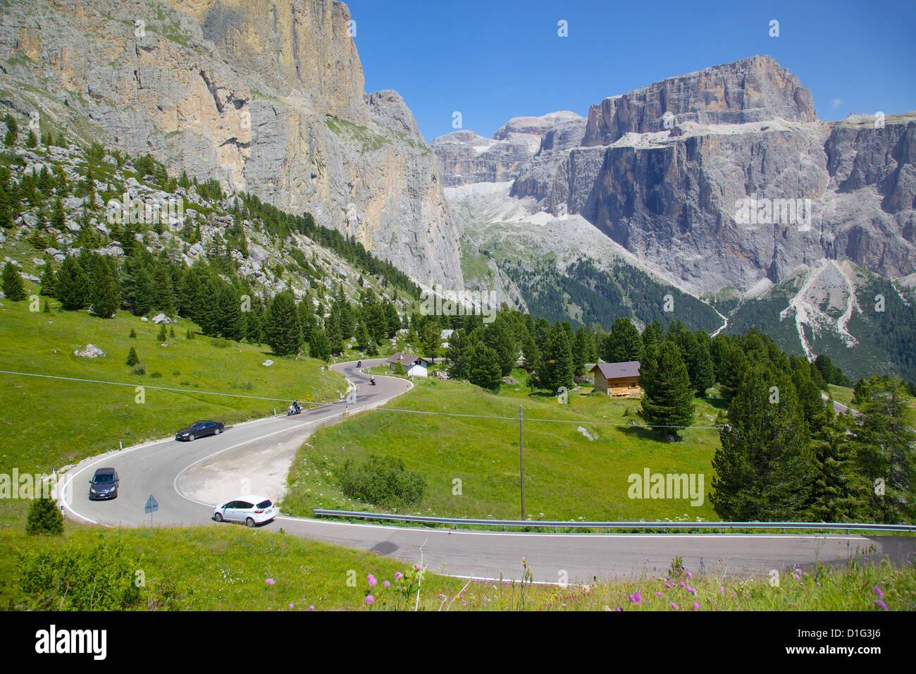 Road, Sella Pass, Trento and Bolzano Provinces, Italian Dolomites, Italy, Europe - Stock Image