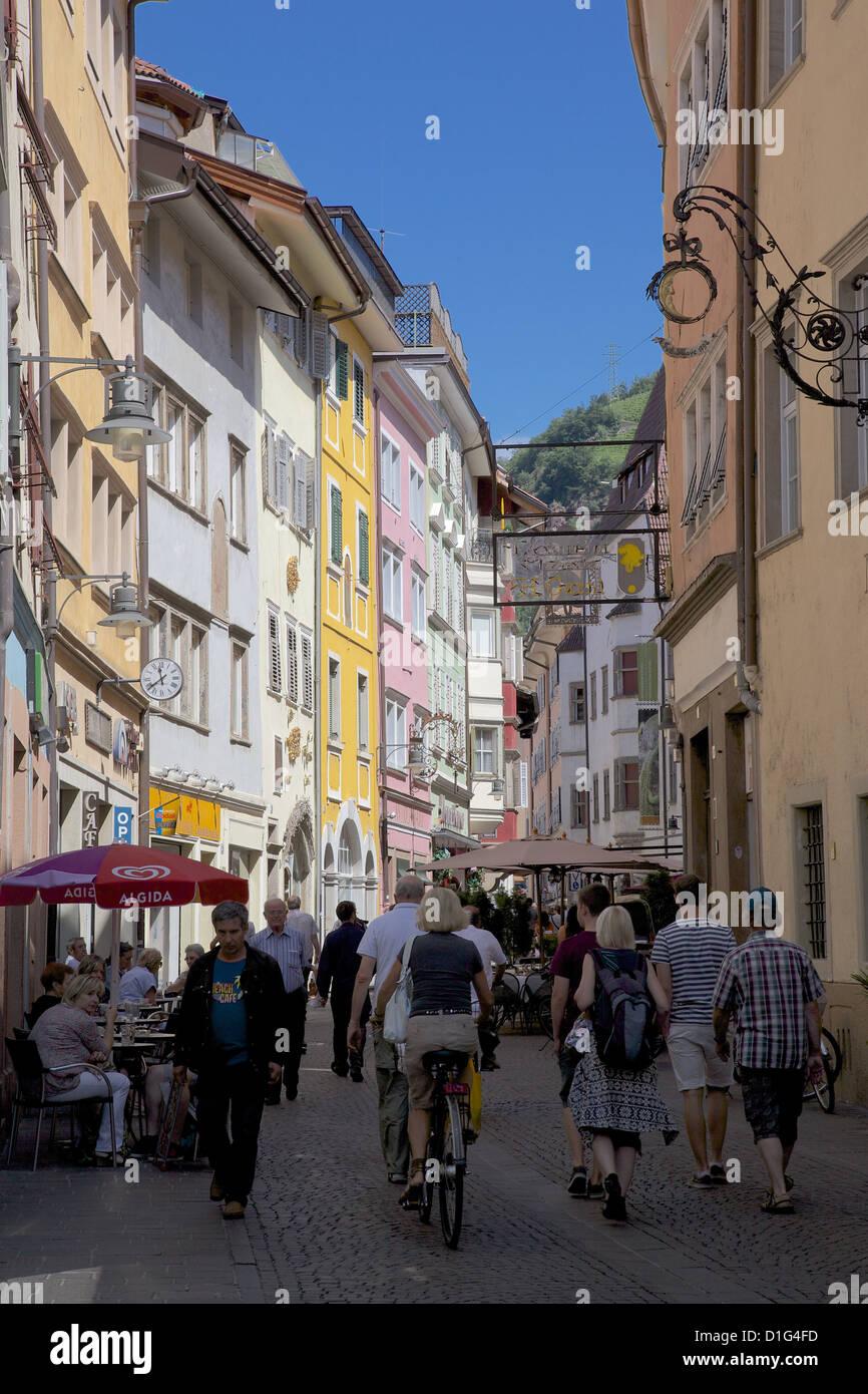 Busy street, Bolzano, Bolzano Province,Trentino-Algo Adige, Italy, Europe - Stock Image