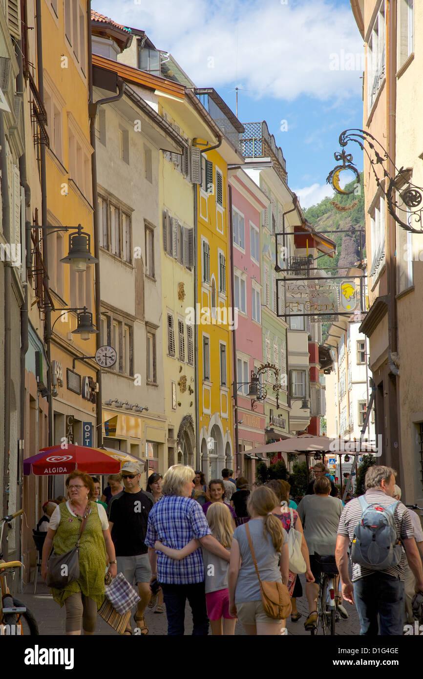 Busy street, Bolzano, Bolzano Province, Trentino-Alto Adige, Italy, Europe - Stock Image