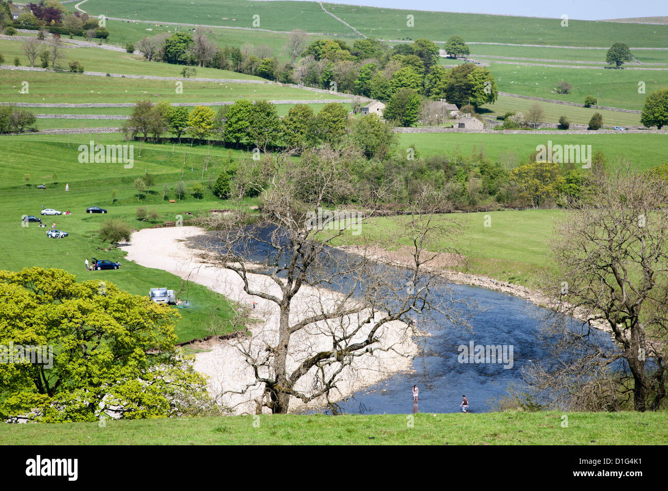 The River Wharfe at Burnsall, Wharfedale, Yorkshire Dales, Yorkshire, England, United Kingdom, Europe - Stock Image