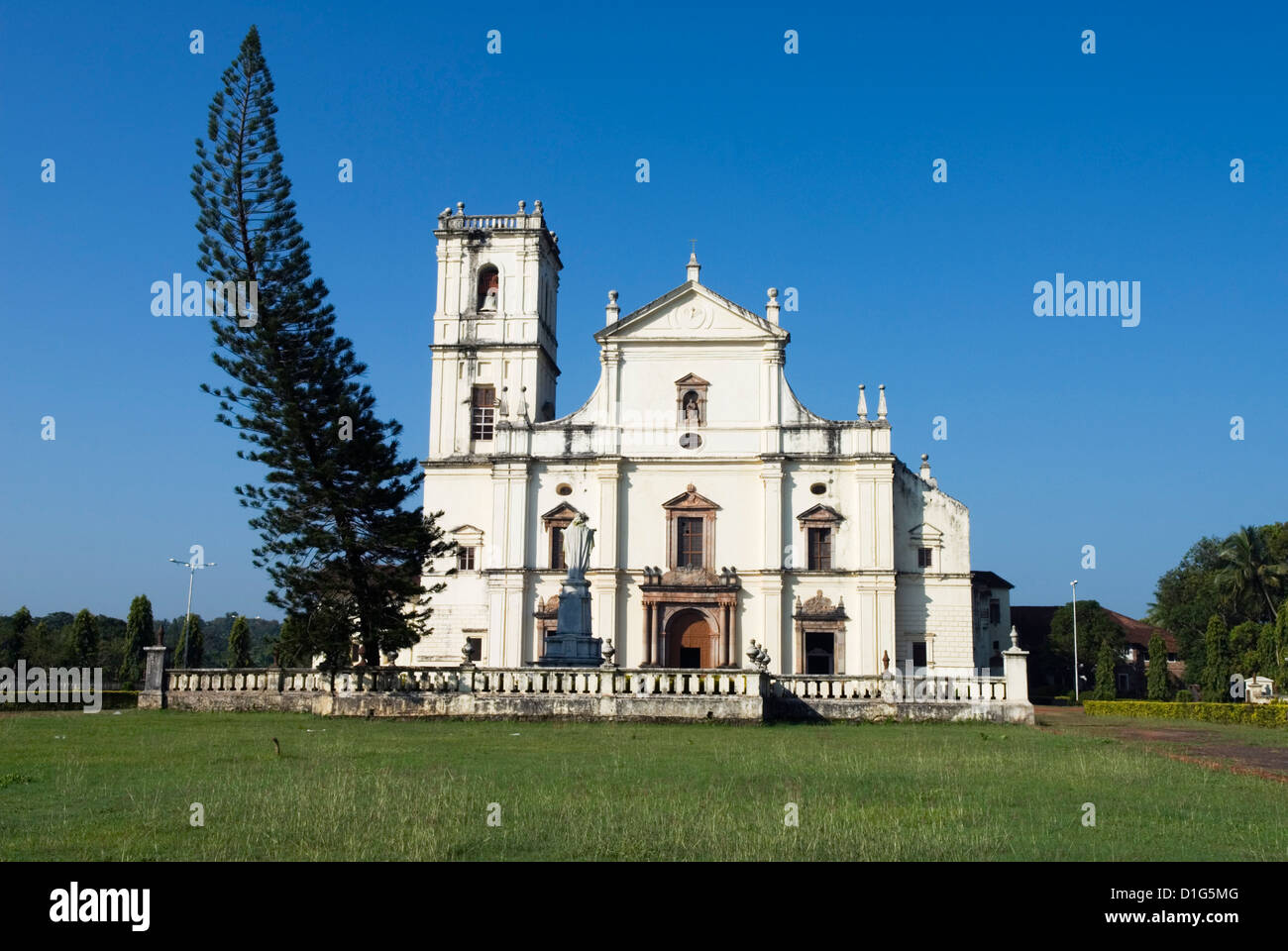 The Se (St. Catherine`s Cathedral), Old Goa, UNESCO World Heritage Site, Goa, India, Asia - Stock Image