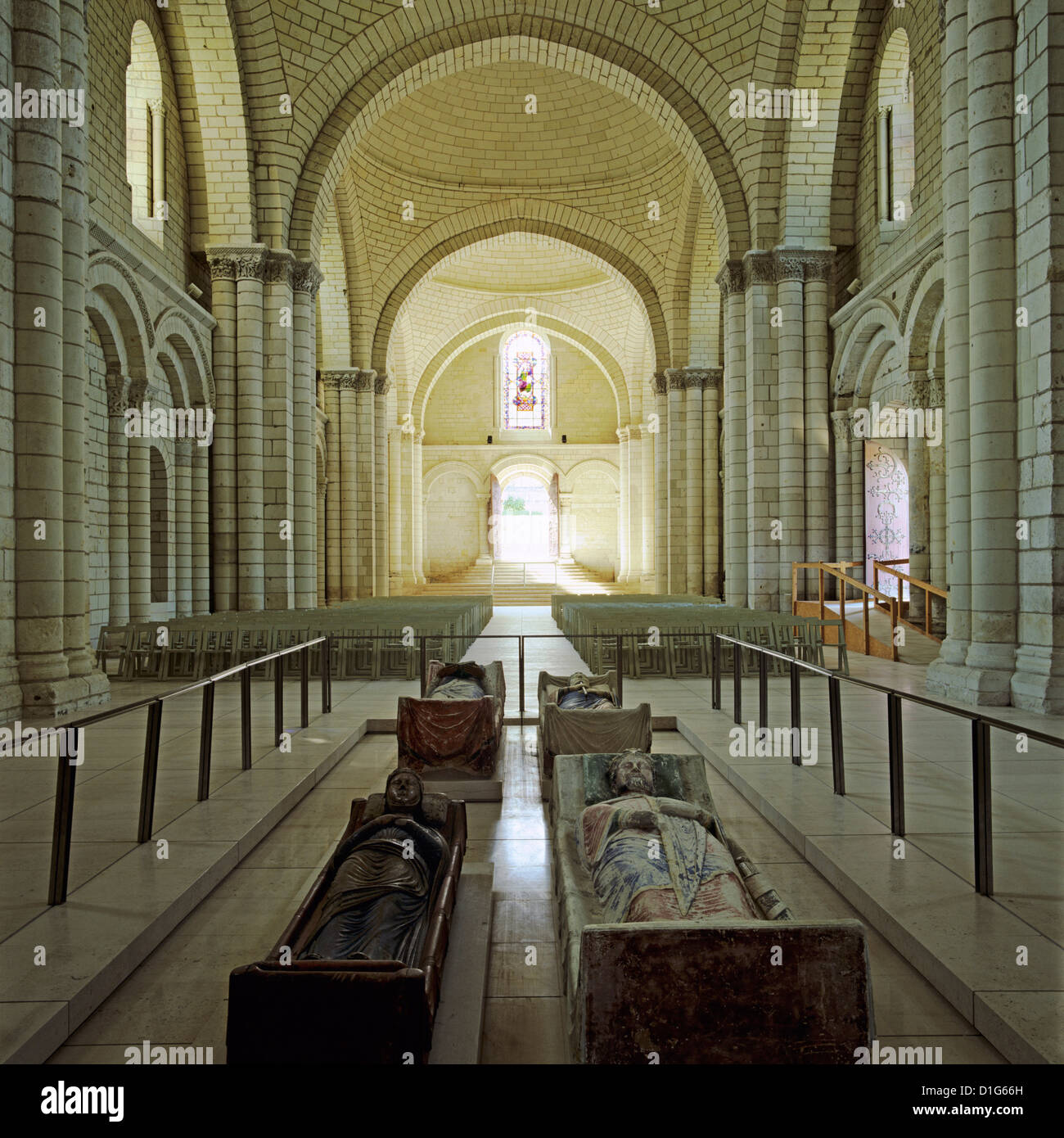 Nave of Abbey Church with effigies of Plantagenet monarchs, Fontevraud Abbey (Fontevraud-l'Abbaye), Loire Valley, - Stock Image