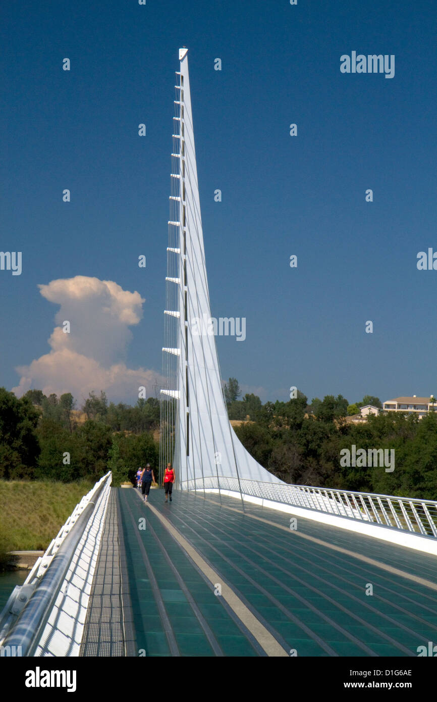 The Sundial Bridge at Turtle Bay spanning the Sacramento River in Redding, California, USA. - Stock Image