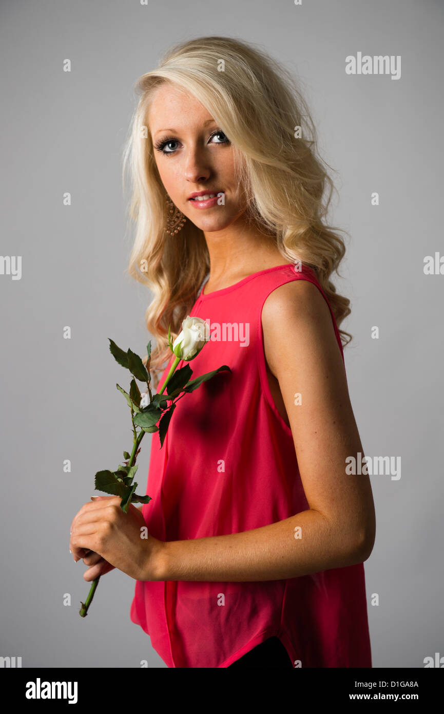 Blonde 16 Year Old Girl. Hapalmach48.com: (2218233) Tiny