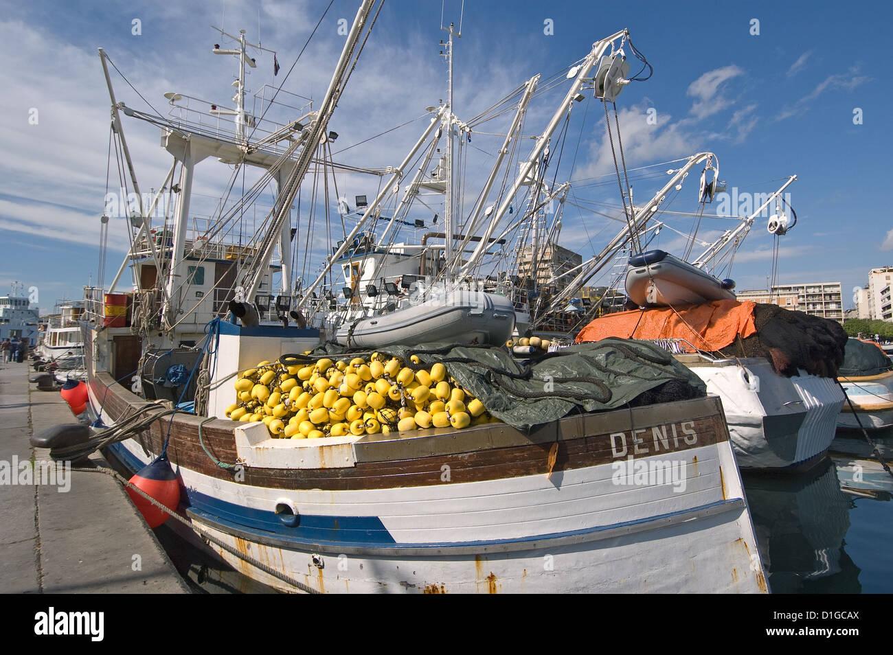 Elk192-2006 Croatia, Dalmatian Coast, Zadar, fishing boats - Stock Image