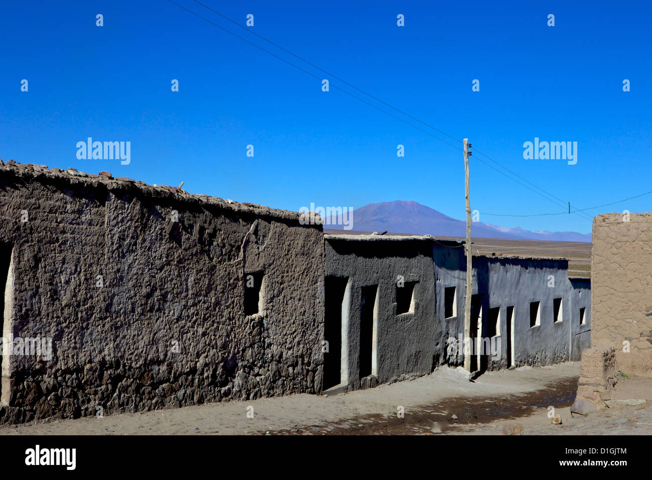 Street in Santiago de Agencha, Southwest Highlands, Bolivia, South America - Stock Image