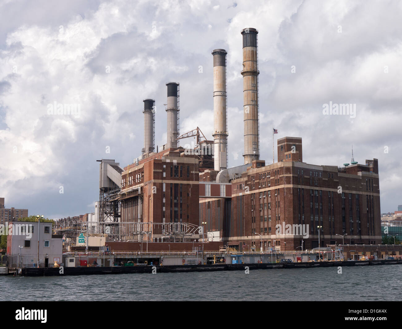 The Consolidated Edison power station on the banks of the East River on the East side of Manhattan New York City - Stock Image
