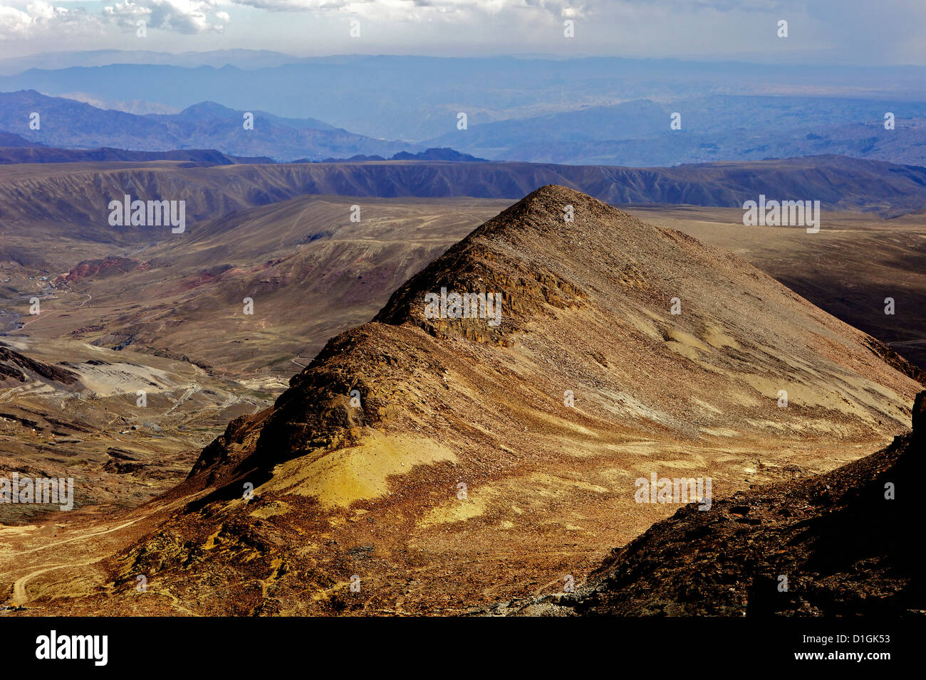 View from Mount Chacaltaya, altiplano in distance, Calahuyo near La Paz, Bolivia, Andes, South America - Stock Image