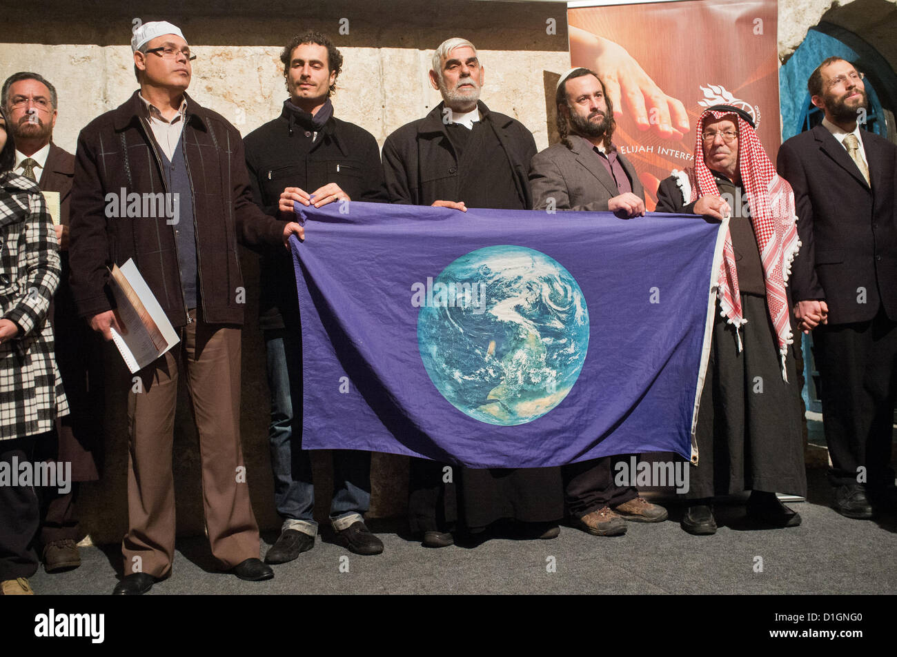 Jerusalem, Israel. 21st December 2012. Jewish, Christian and Muslim religious leaders at an interfaith prayer of - Stock Image