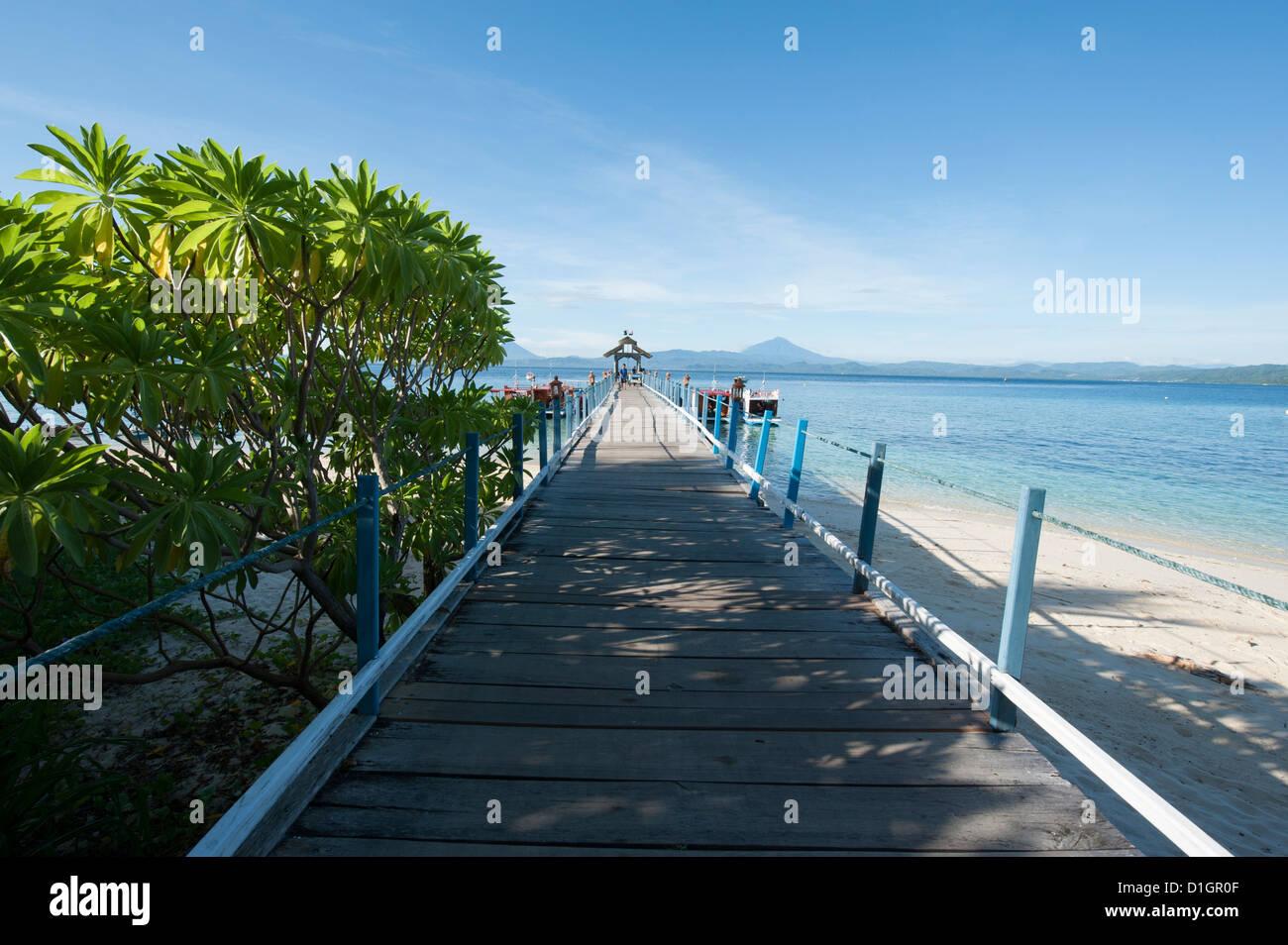 Jetty at Gangga Island, Sulawesi, Indonesia, Southeast Asia, Asia - Stock Image