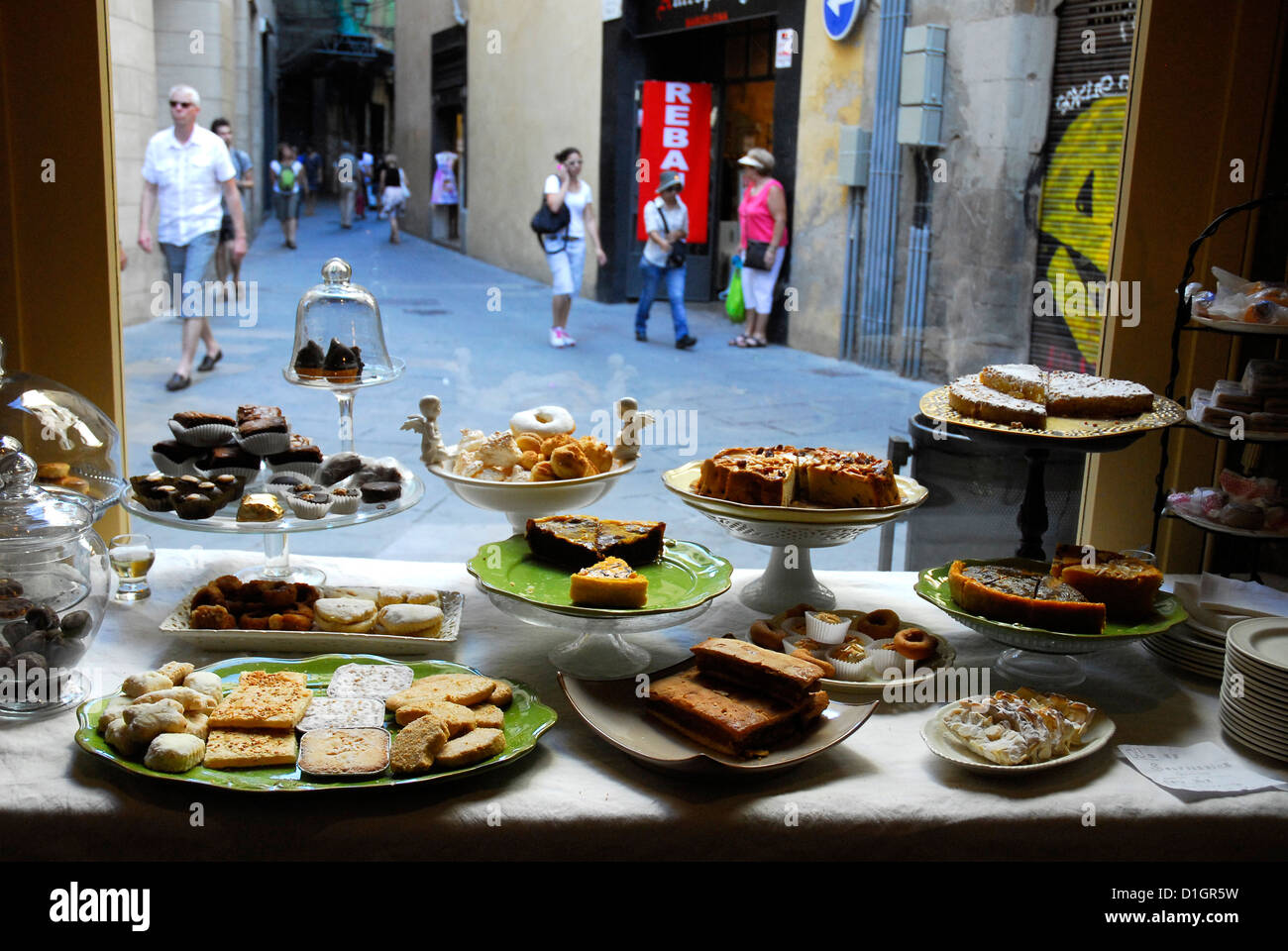 Caelum, artisan baked goods made by Carmelite nuns, Poor Clares, Benedictine. Palla Street # 8, Ciutat Vella, Barcelona. - Stock Image