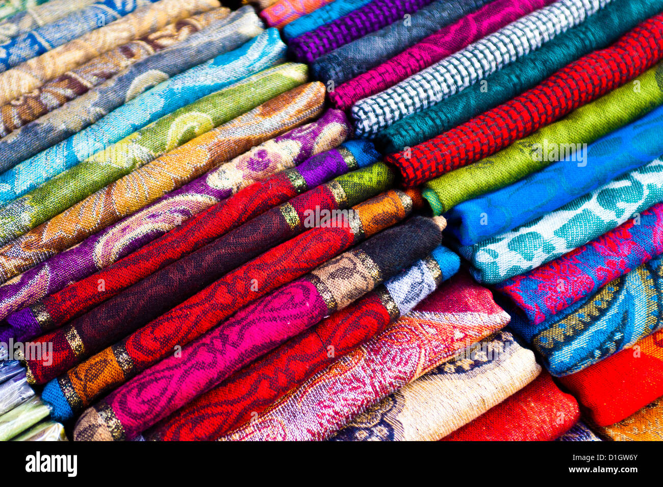 Traditional silk scarves of Thailand at the night market at Chiang Mai, Thailand, Southeast Asia, Asia - Stock Image