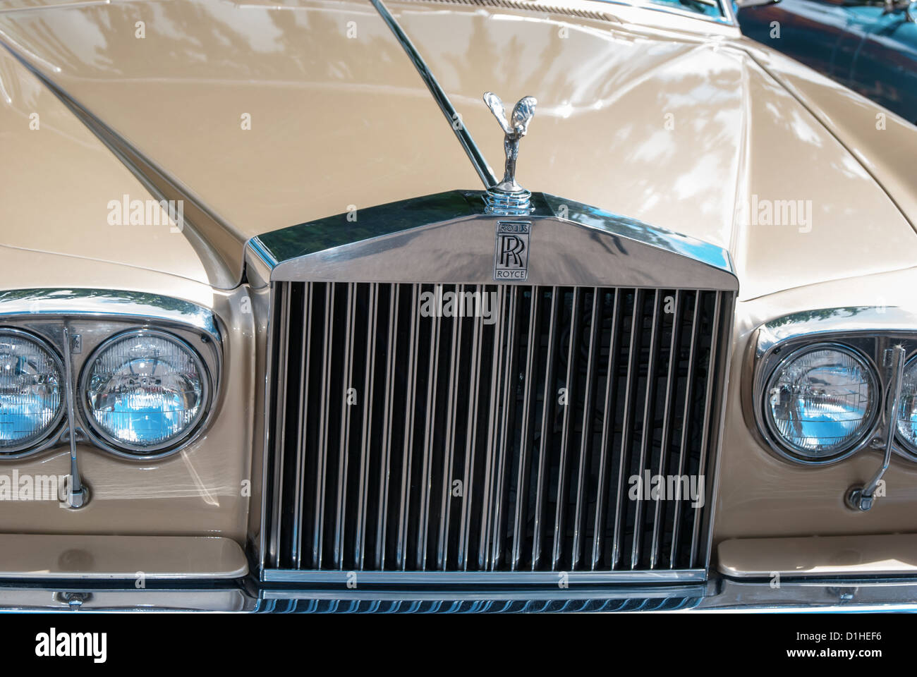 Classic Car Front Grill and Head Lights Rolls Royce View ...