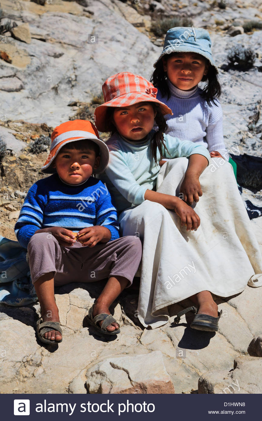 Kids on Isla del Sol on the Bolivian Side of Lake Titicaca, Bolivia - Stock Image