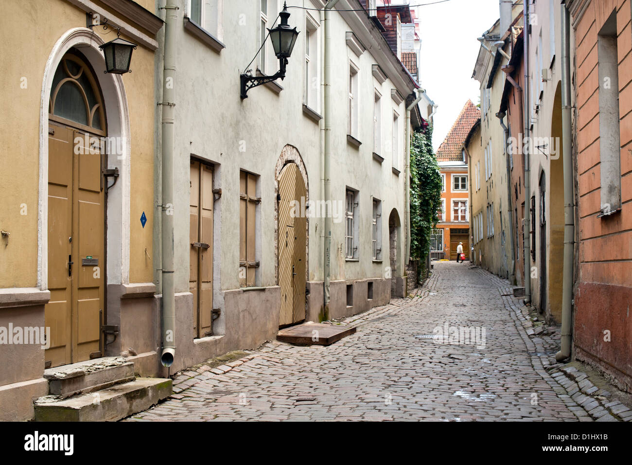 A street in the old town in Tallinn, the capital of Estonia. - Stock Image
