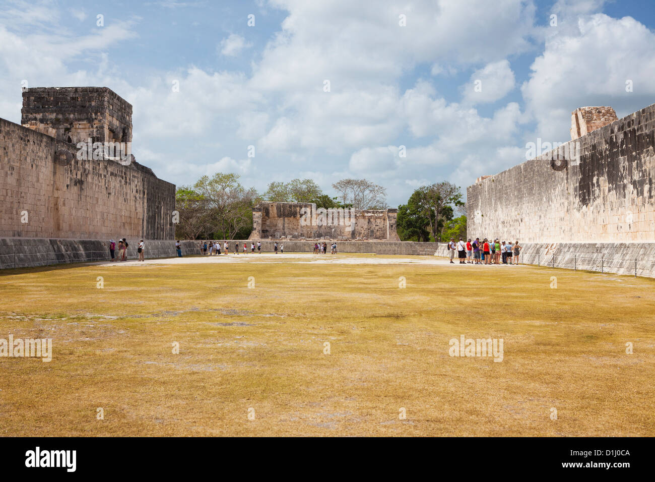 Great Ball Court, Chichen Itza, Yucatan Peninsula, Quintana Roo, Mexico - Stock Image