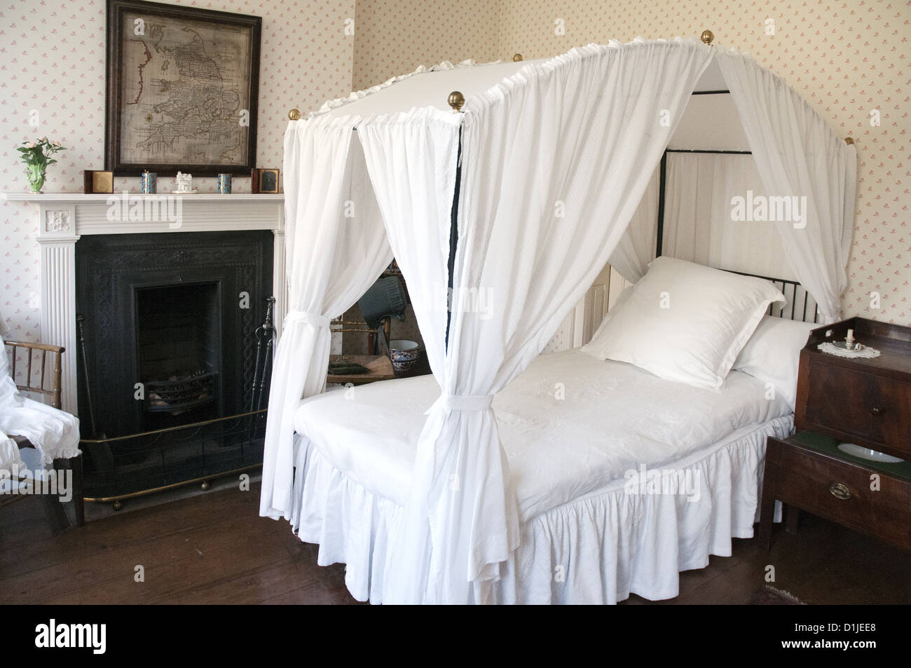 A bedroom in the 18th-century Rosehill House, home of a Quaker family of ironmasters at Coalbrookdale in the Ironbridge - Stock Image