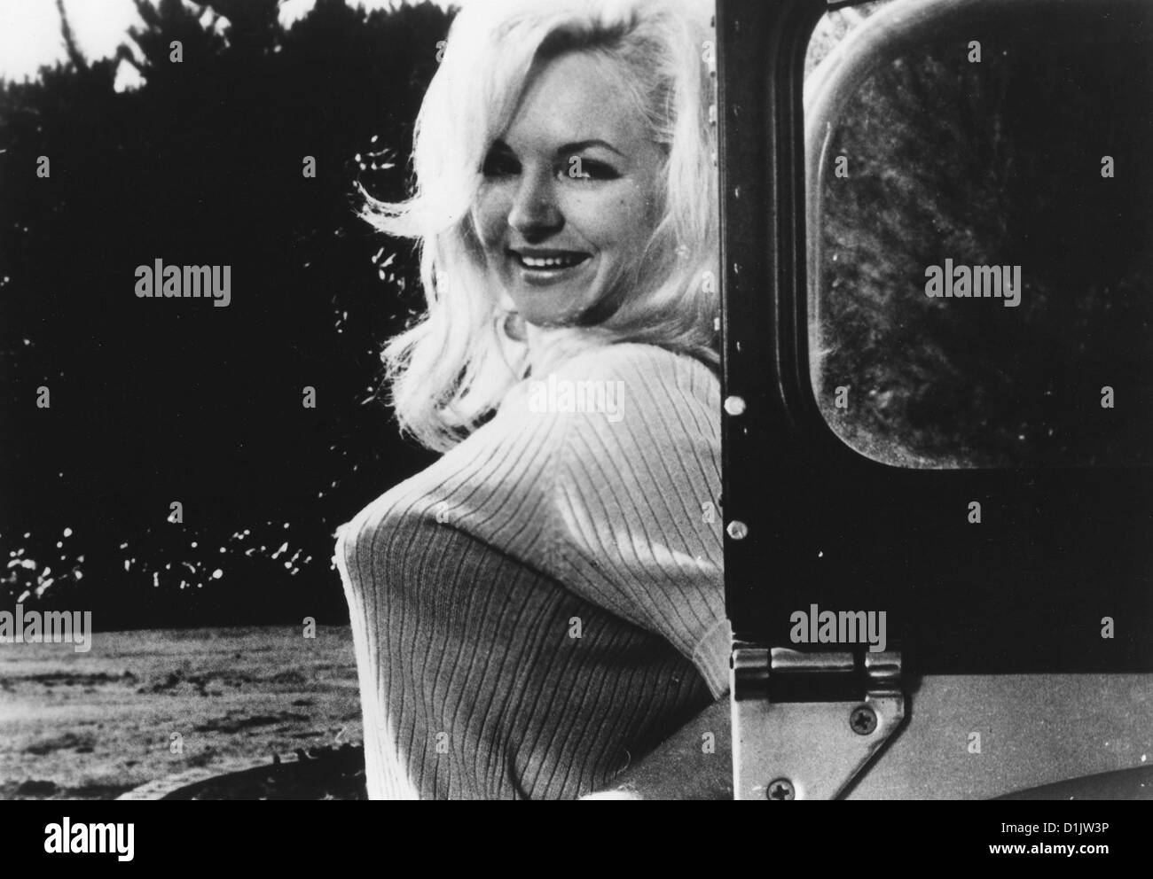 Larissa Ely Nude Photos 86
