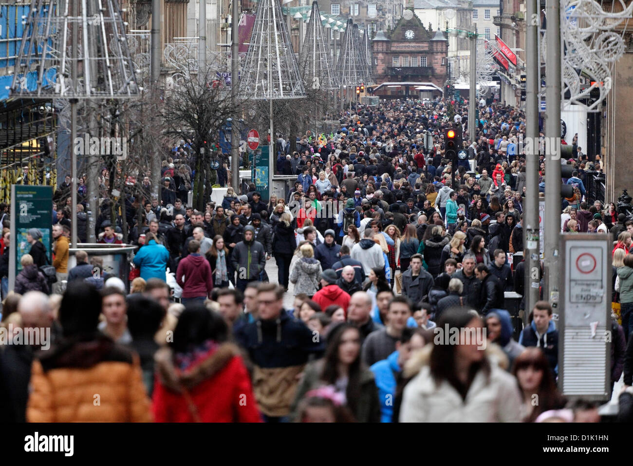 Boxing Day shoppers at the sales on Buchanan Street in Glasgow city centre, Scotland, UK Stock Photo