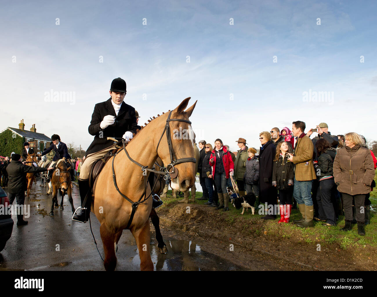 The Essex Hunt gather in Matching Green Village for their traditional Boxing Day meet.  Photographer: Gordon Scammell/Alamy - Stock Image