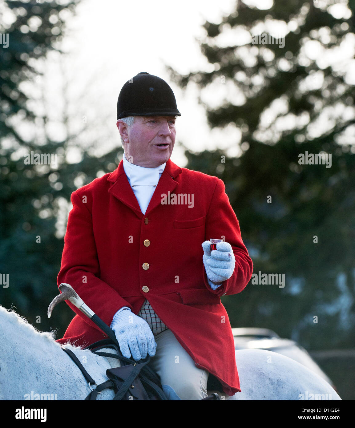 Fox Hunting. The Essex Hunt gather in Matching Green Village for their traditional Boxing Day meet. - Stock Image