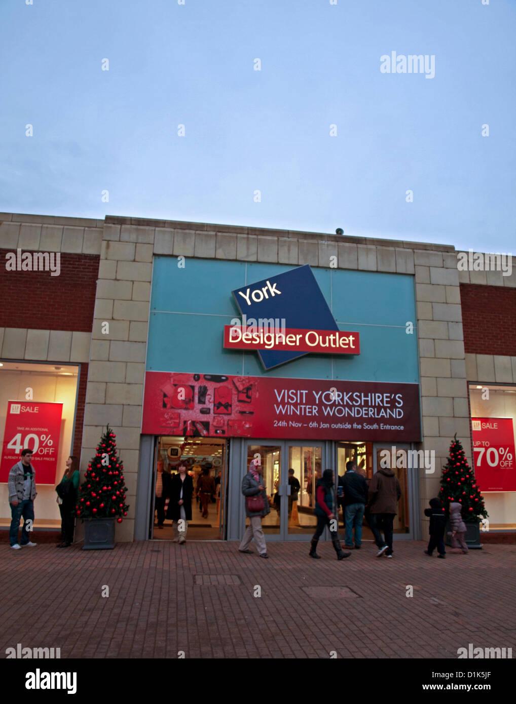043af56c2fa31e Facade of York Designer Outlet