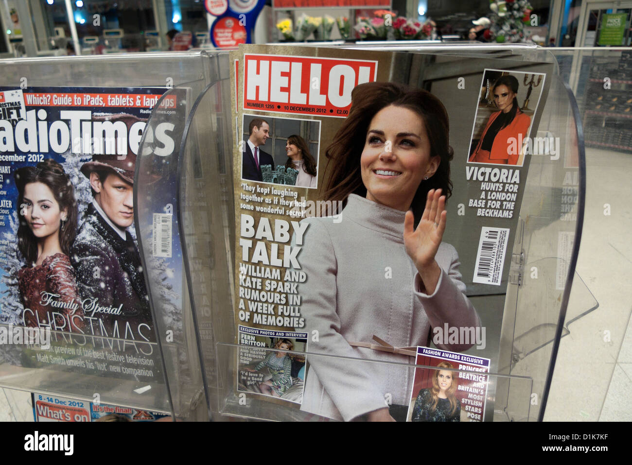 Pregnant Kate Middleton Duchess of Cambridge on the front cover of Hello Magazine December 2012 on newsstand in - Stock Image