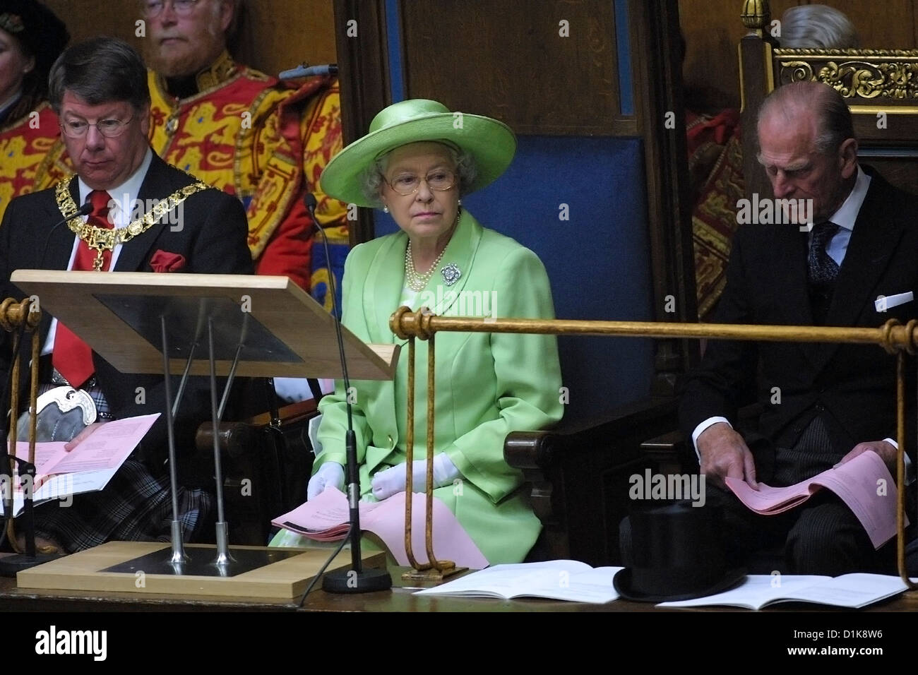 The Queen attends The General Assembly of The Church of Scotland in 2002 - Stock Image