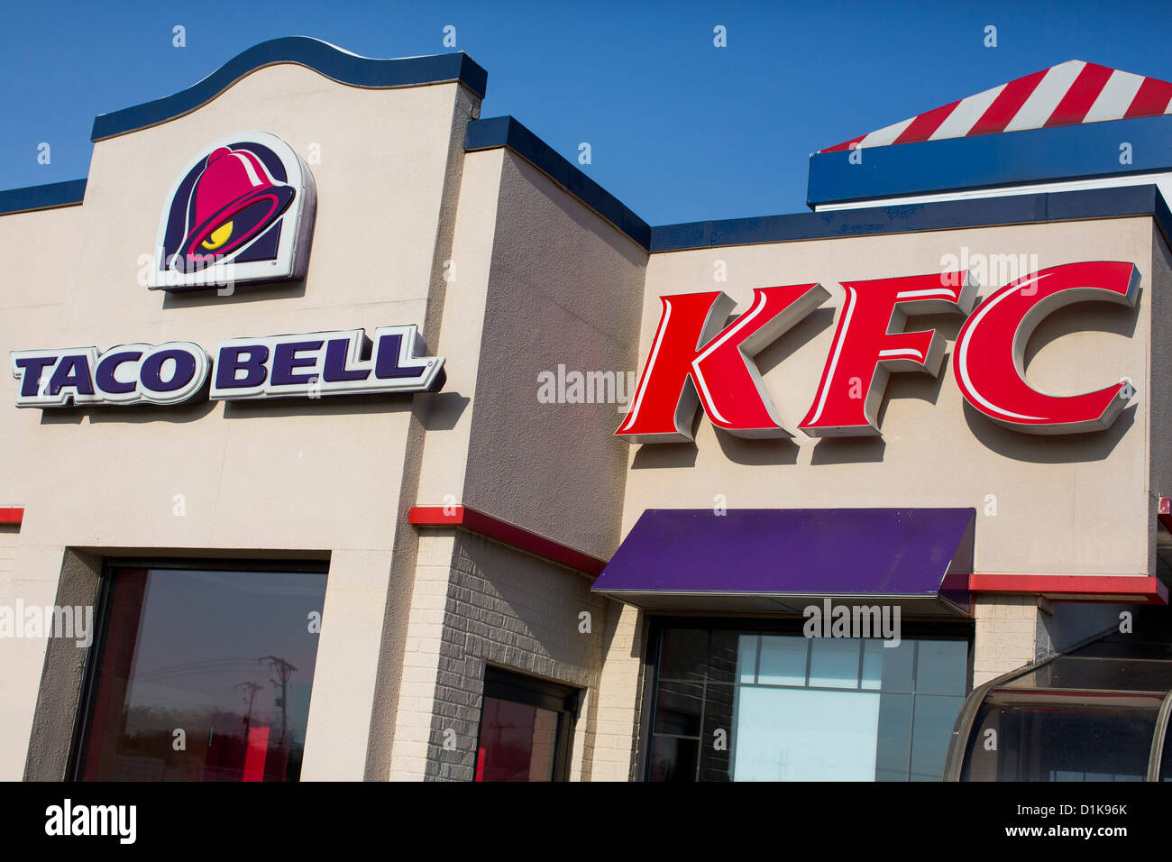 A Taco Bell and Kentucky Fried Chicken (KFC) fast food restaurant.  - Stock Image