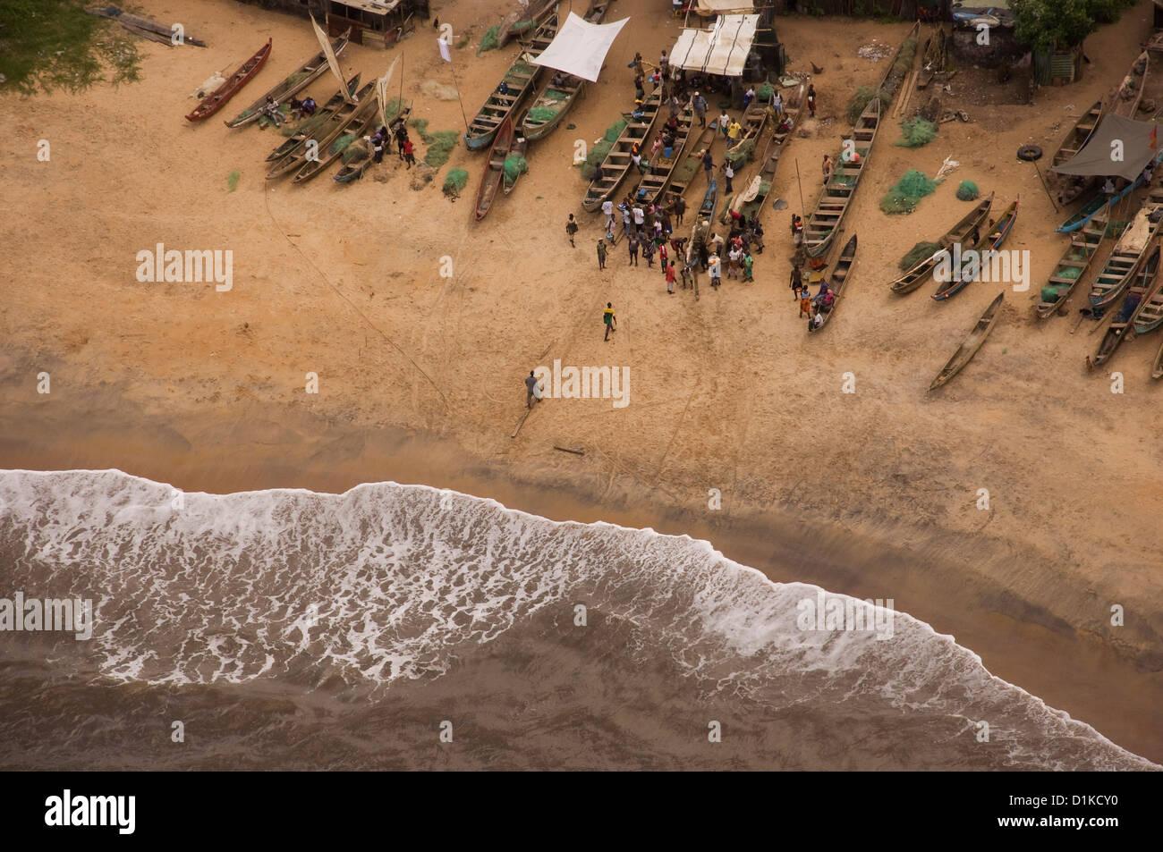 Liberia coastline, a few miles west of Monrovia. - Stock Image