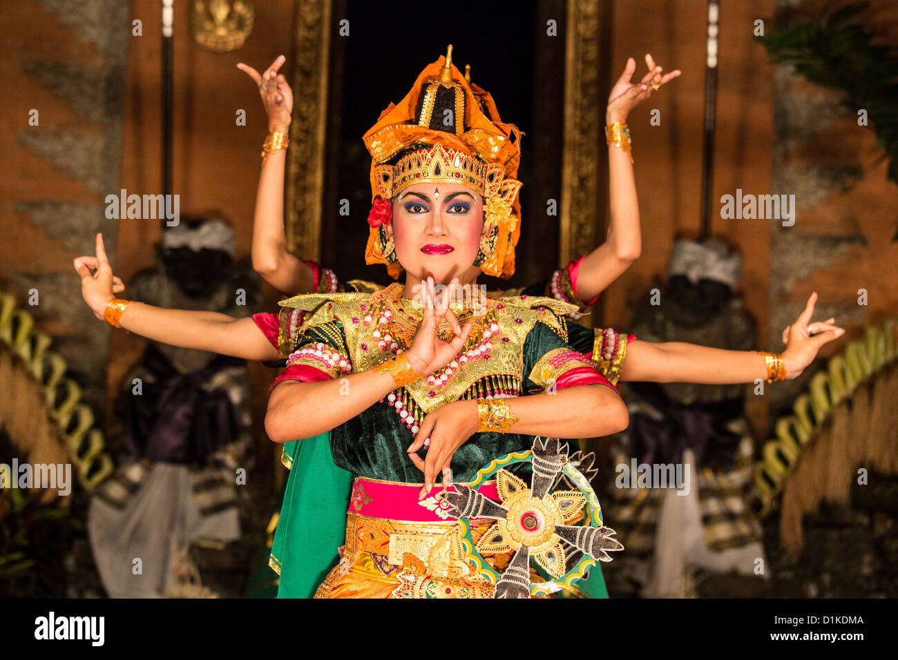 Traditional Balinese dance at the Ubud Palace, Ubud, Bali, Indonesia - Stock Image