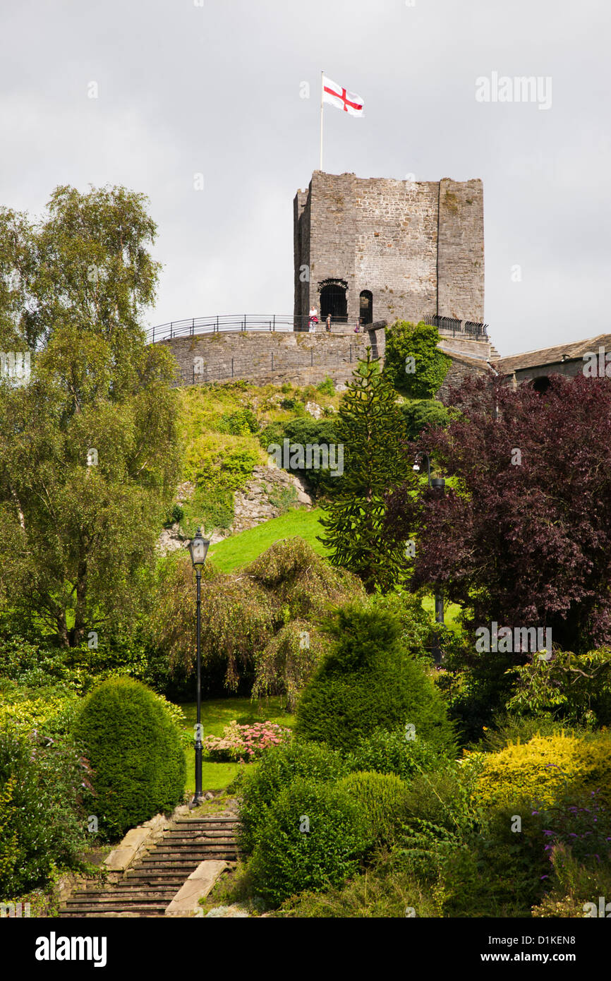 Clitheroe castle and gardens - Stock Image