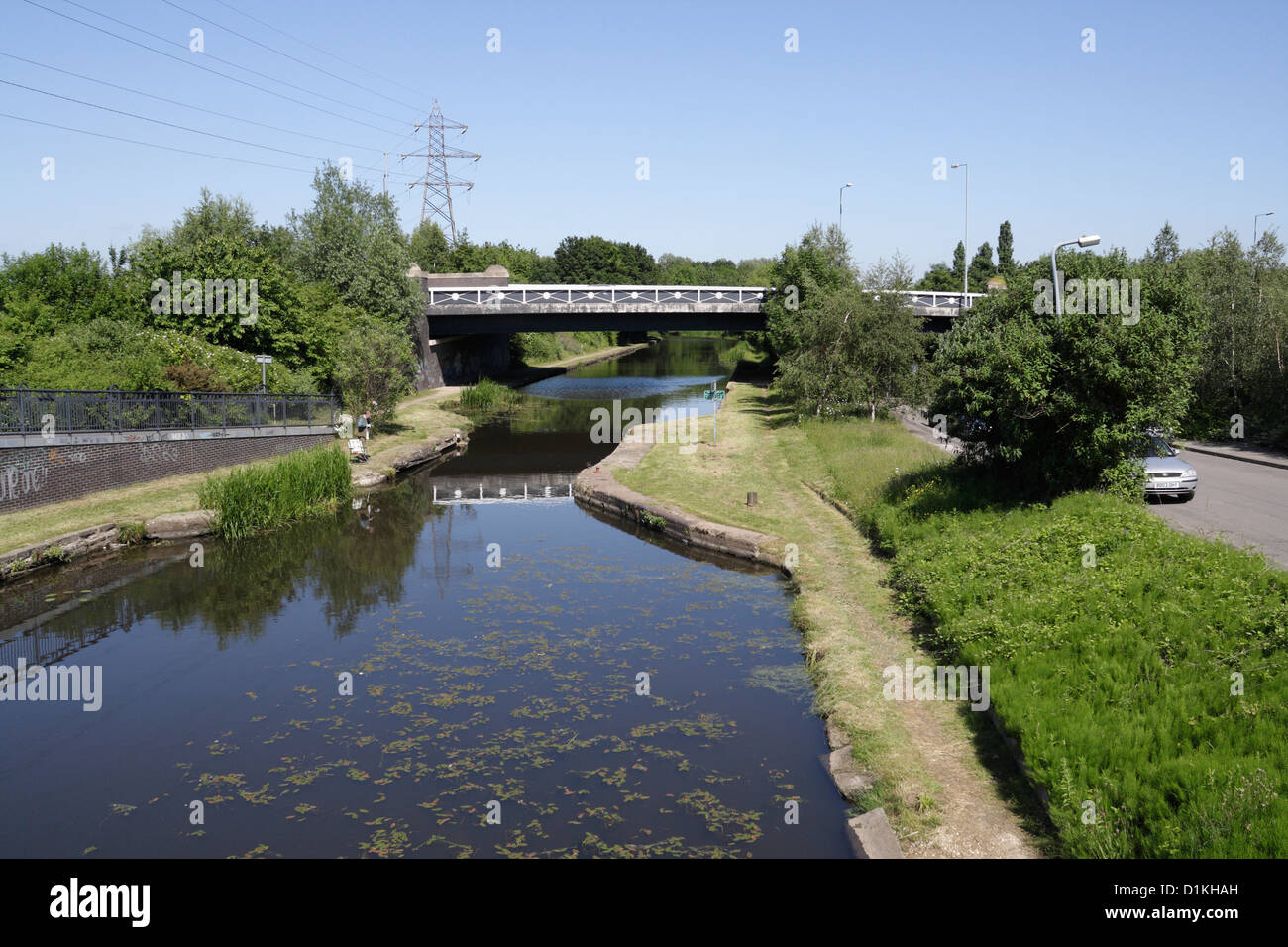 The Sheffield and Tinsley canal near Broughton lane bridge - Stock Image