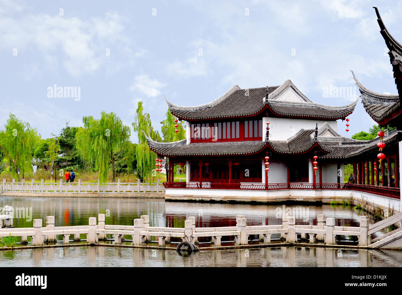 Architecture in Tongli Canal Town near Shanghai, China Stock Photo