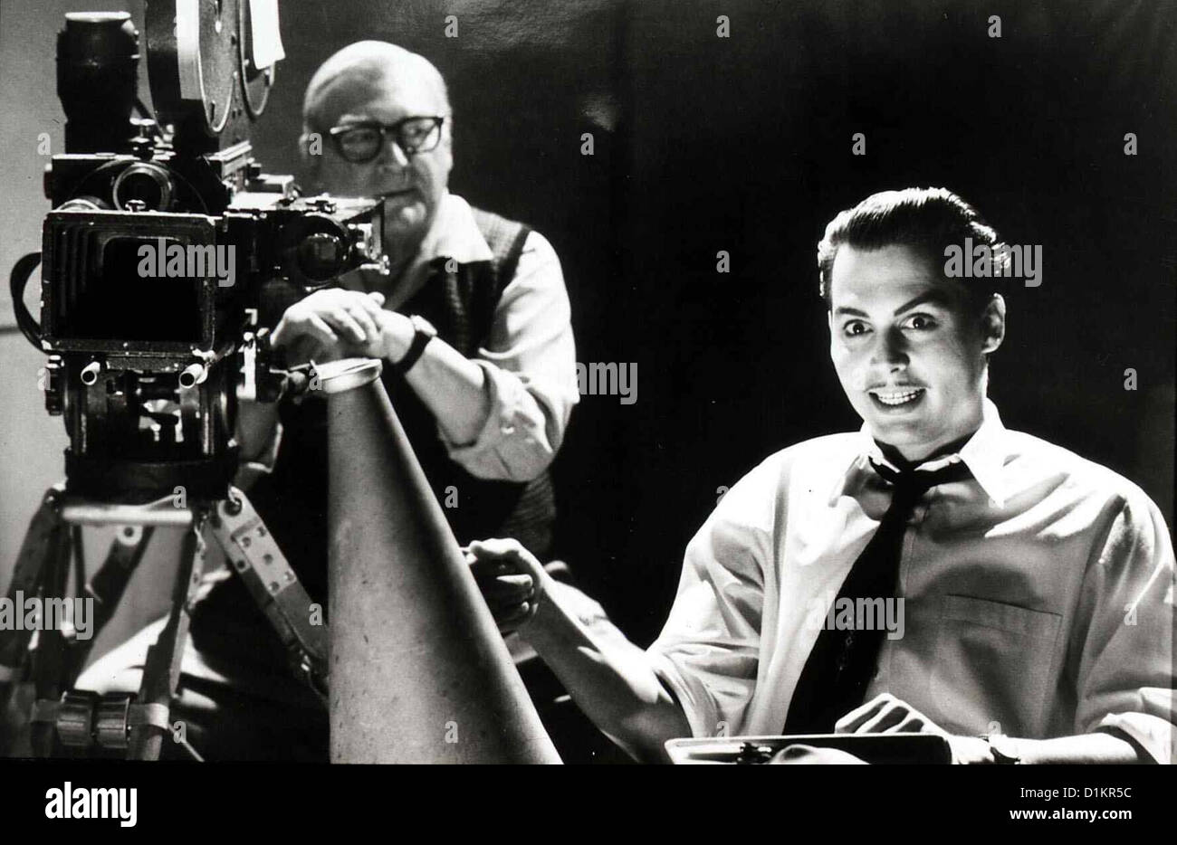 Ed Wood  Ed Wood  Norman Alden, Johnny Depp Ed Wood (Johnny Depp,r) mit seinem Kameramann Bill (Norman Alden) bei - Stock Image