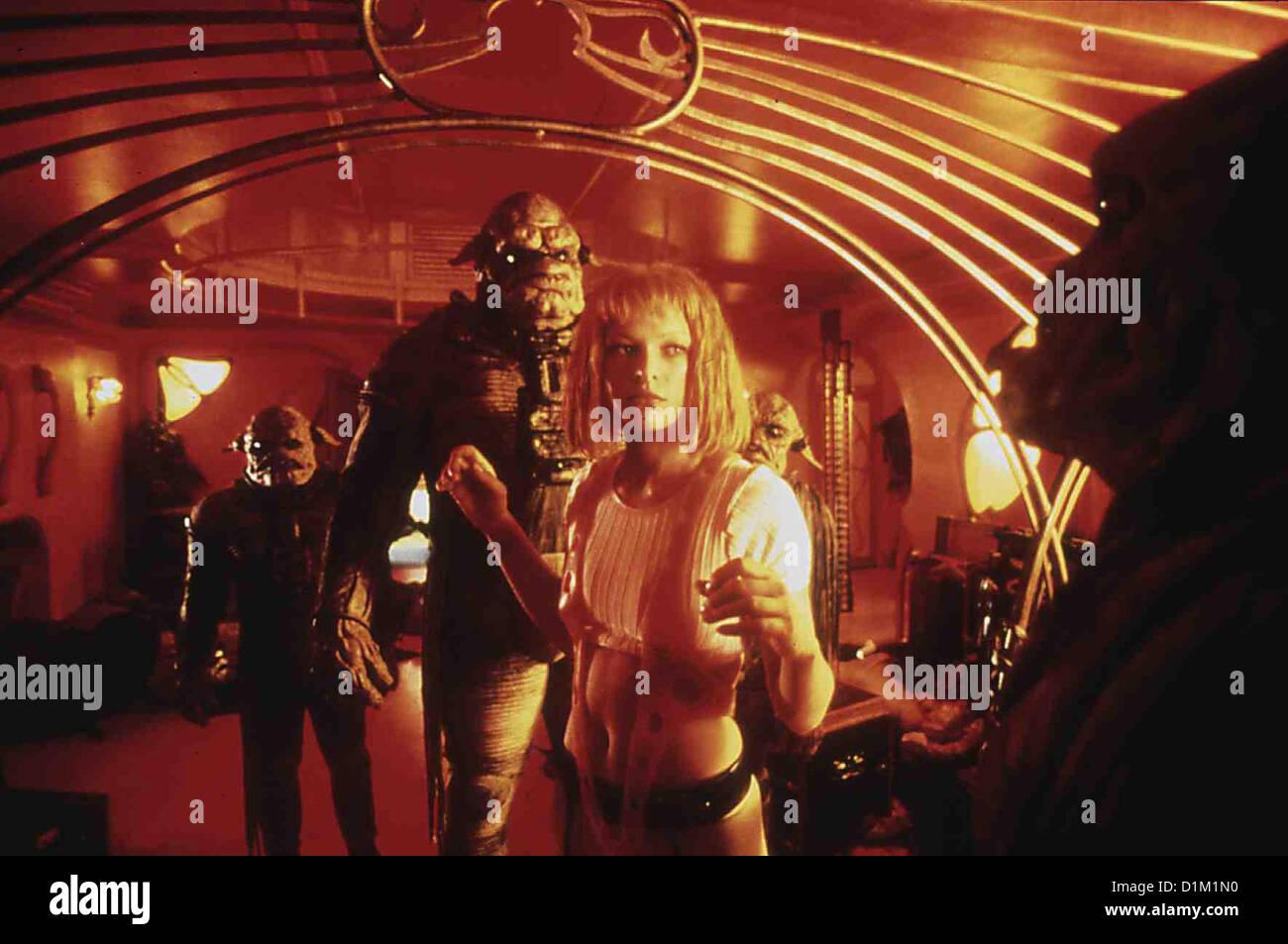 Das Fuenfte Element  Fifth Element,  Milla Jovovich Die geklonte, mit uebermenschlichen Kraeften ausgestattete Leeloo - Stock Image