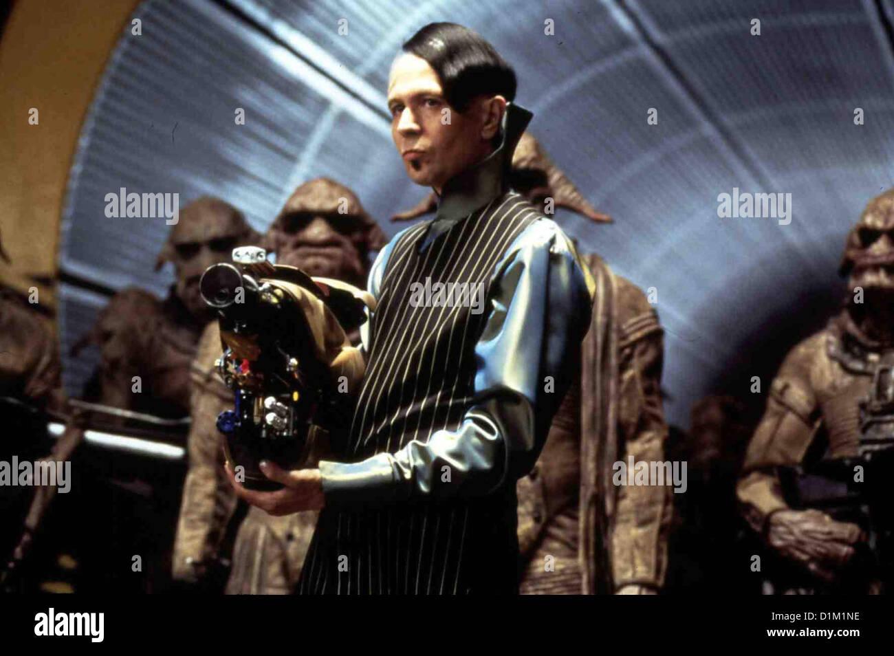 Das Fuenfte Element  Fifth Element,  Gary Oldman Die Erde wird durch einen Kometen aus Anti-Energie bedroht. Helfen - Stock Image