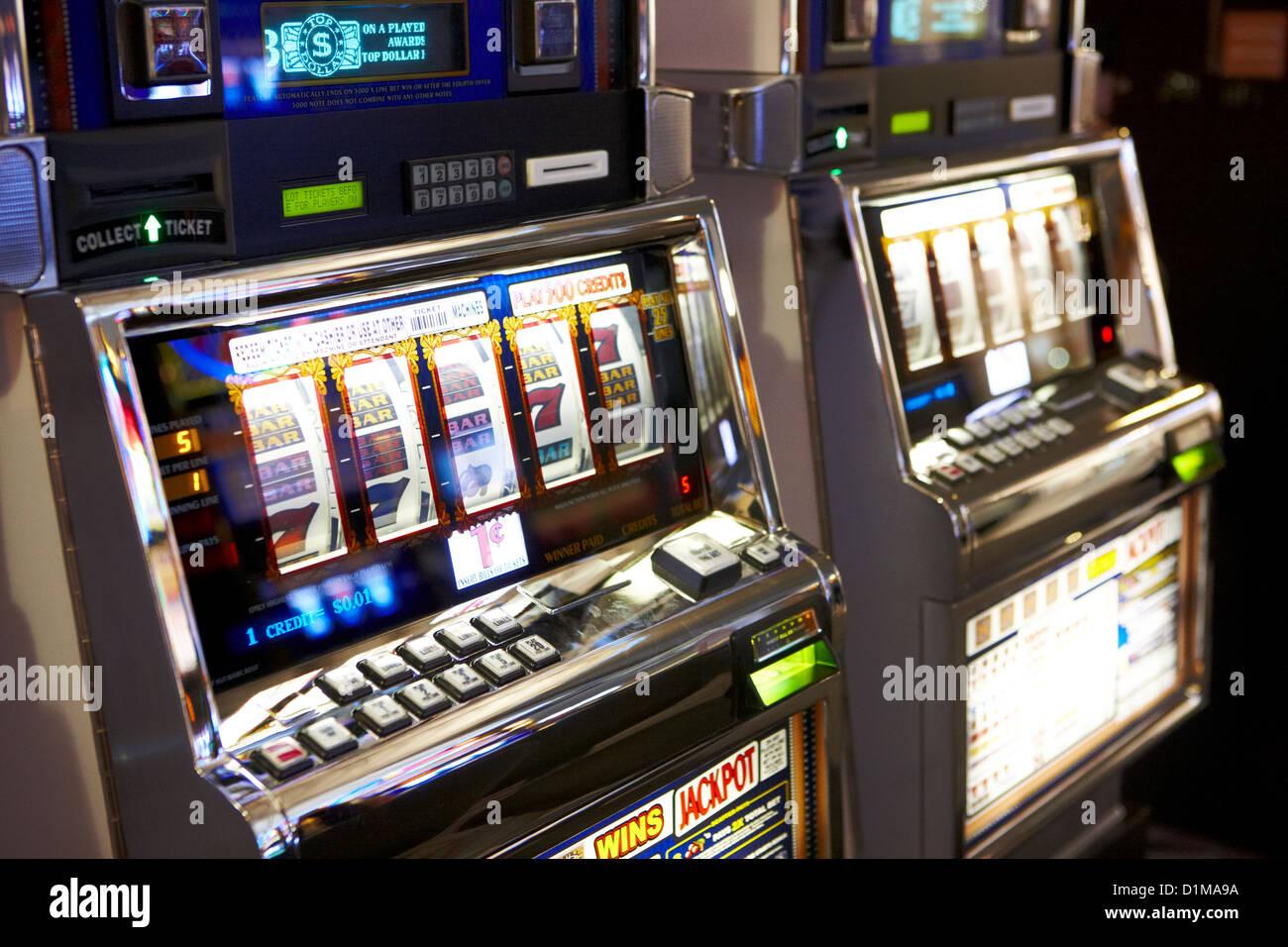 reel top dollar jackpot gaming gambling machines Las Vegas Nevada USA - Stock Image