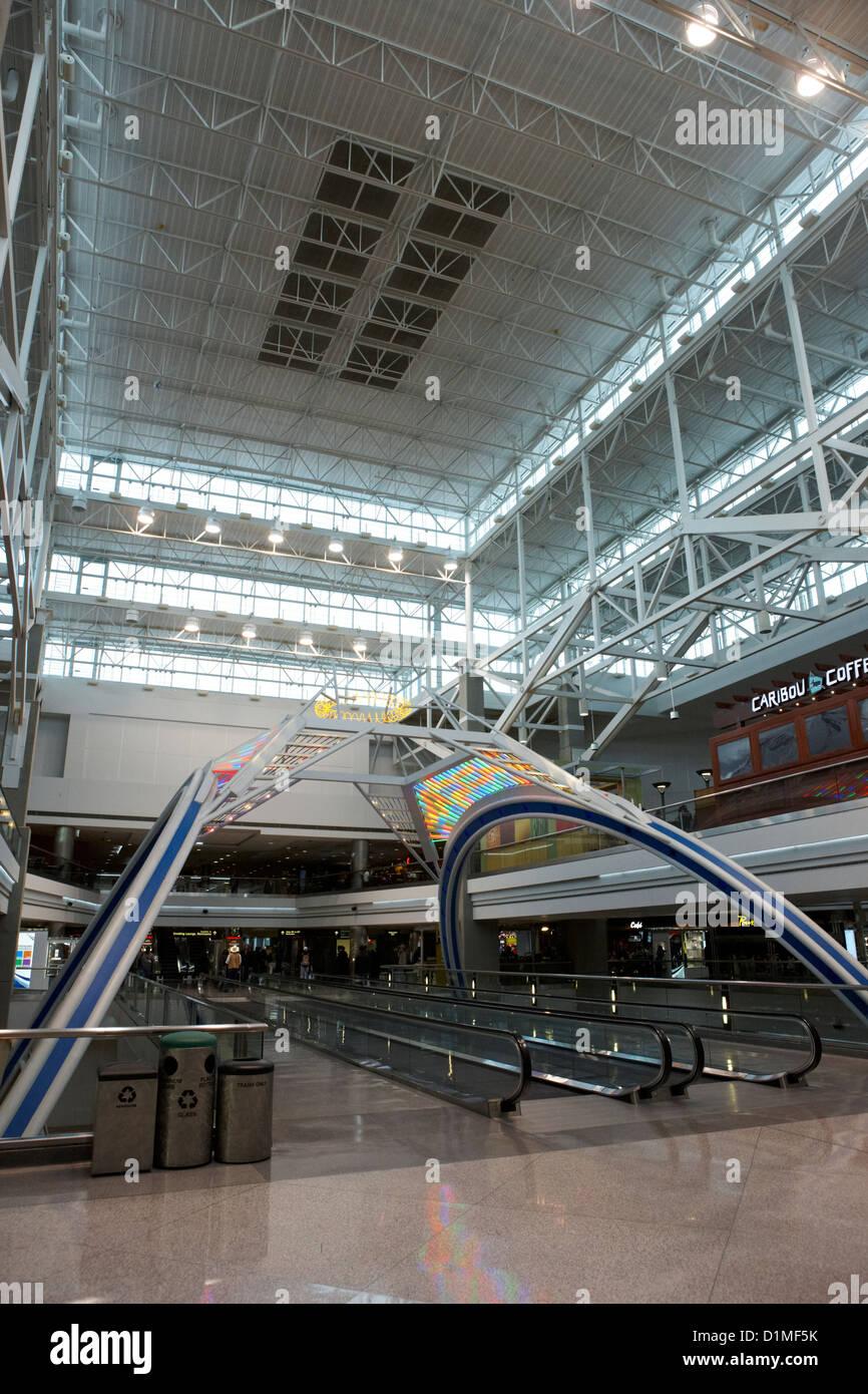 Airport Concourse Stock Photos Amp Airport Concourse Stock