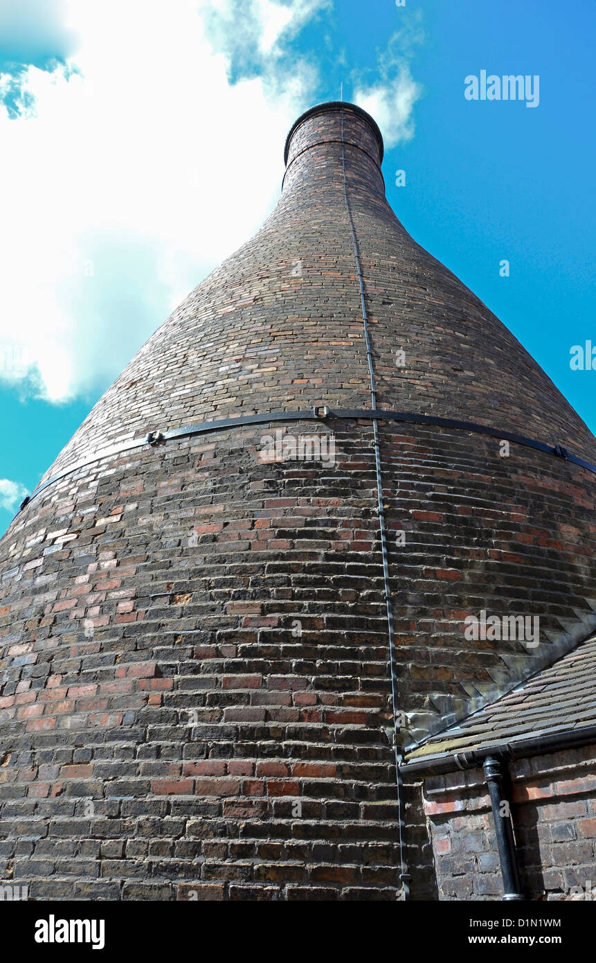 Old Victorian Bottle Kiln at the Gladstone Pottery Museum Longton Stoke-on-Trent - Stock Image
