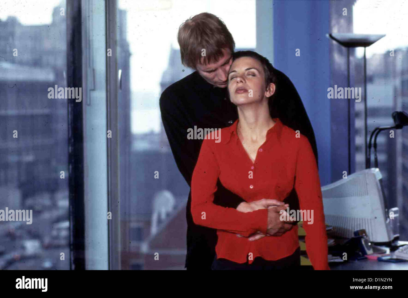 Jeder Kann Sein Herz Verlieren  Heart  Kate Hardie, Rhys Ifans Tess Ellis (Kate Hardie) ist unglücklich verheiratet. - Stock Image
