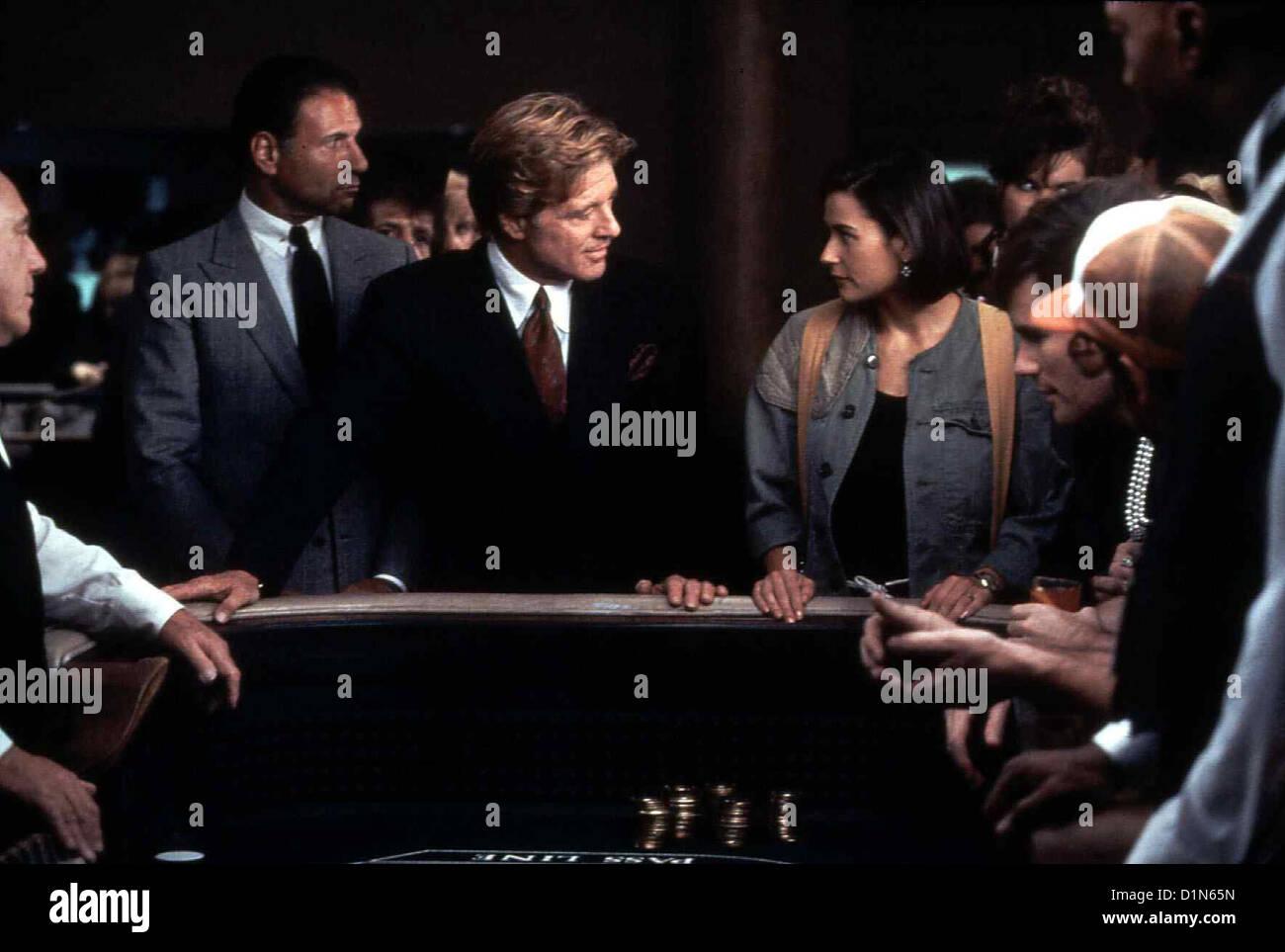 Ein Unmoralisches Angebot  Indecent Proposal  Robert Redford (m), Demi Moore Als David seinen Job verliert, faehrt - Stock Image