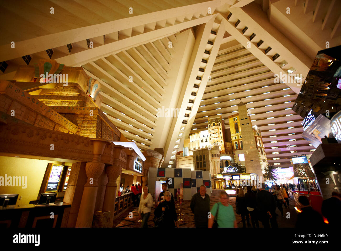 the luxor & casino