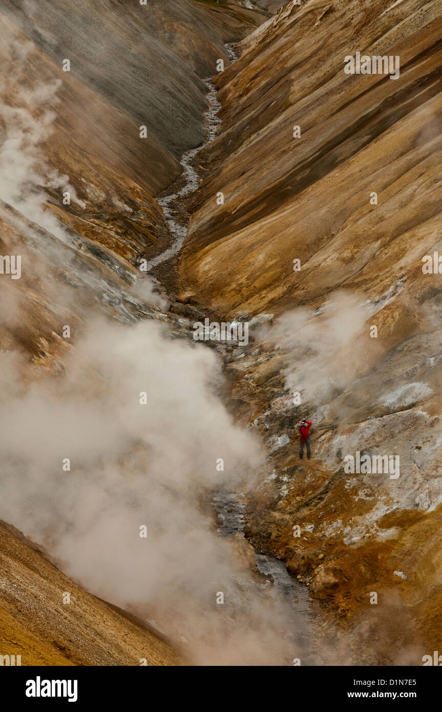 The beautiful rhyolite landscape and steam vents of Kerlingarfjöll in the highlands of Iceland - Stock Image