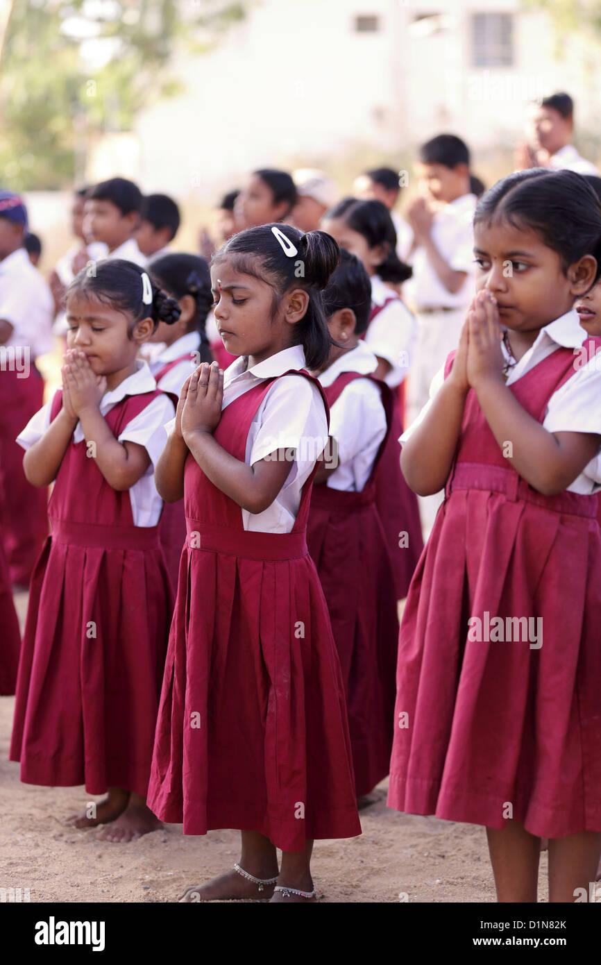 essay on india for school children Majority of school children in the uk are day students who attend state schools  ghana and india parents often give a number of reasons for sending their.